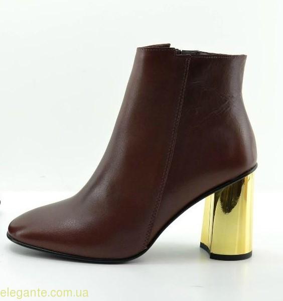 Жіночі черевики VIDA бордові  0