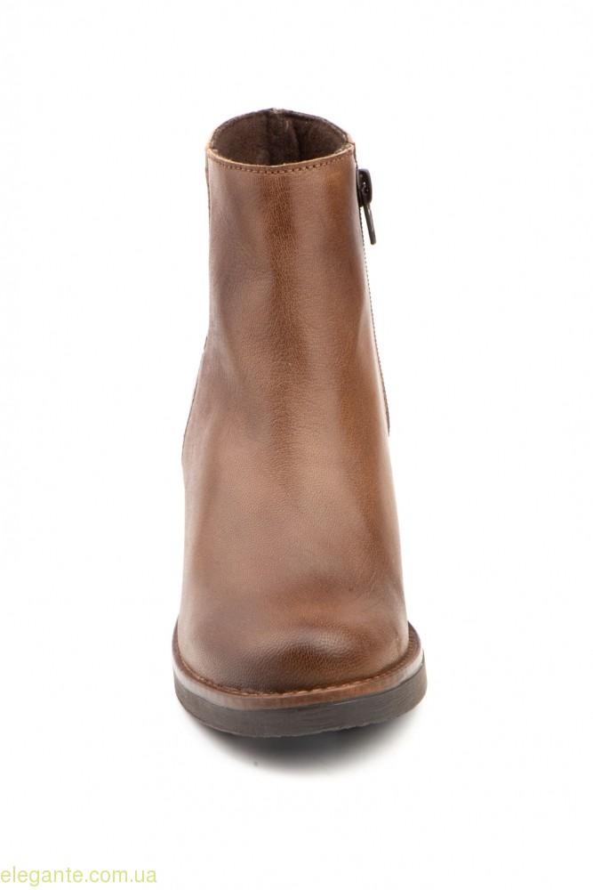 Жіночі черевики JAM1 коричневі 0