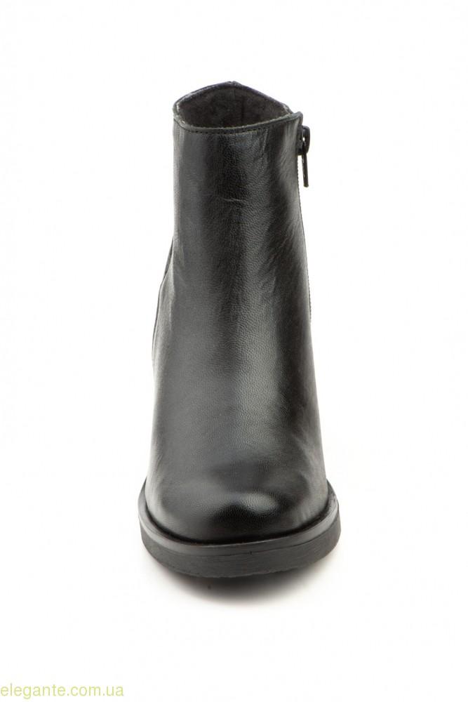 Жіночі черевики JAM1 чорні 0
