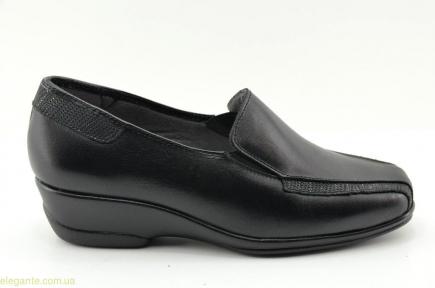 Женские туфли на танкетке TORRES чёрные
