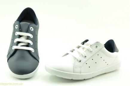 Дитячі кросівки на шнурівках XIQUETS
